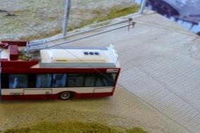Eine O-Bus Anlage mit funktionierender Oberleitung