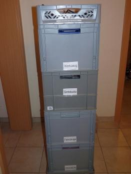 Lagerkisten_Turm_mit_DCC_Box